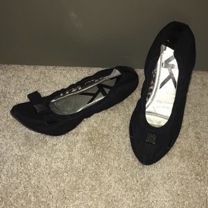 Anne Klein Sport Ballet Flats Pointed Toe w/Bow